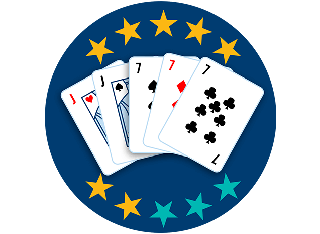 Cinq cartes apparaissent, face visible : le valet de cœur et le valet de pique suivis du 7 de pique, du 7 de carreau et du 7 de trèfle. Sept étoiles sur dix sont colorées pour indiquer que cette main se classe au quatrième rang parmi toutes les mains.