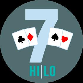 Deux cartes se trouvent de chaque côté d'un « 7 ». Il y a une carte de trèfle et une carte de carreau à gauche, et une carte de pique et une carte de cœur à droite. Hi/Lo est inscrit en dessous.